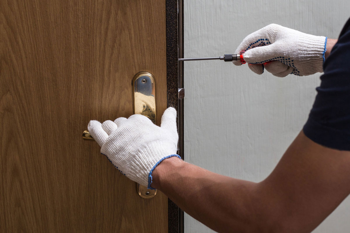 Door Repair and Replacement Service in Detroit, Michigan